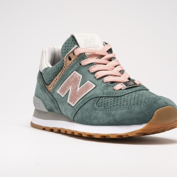 Limited NB1 574 Pink with Swarovski Crystals NWT